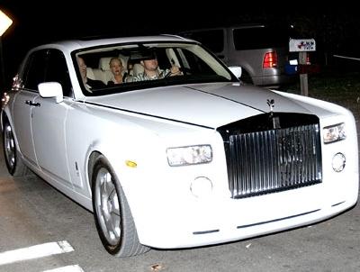 Christina Aguilera With Her Rolls Royce Phantom Celebrity Hollywood Cars Spectrum
