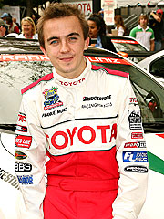 Frankie Muniz – The Young and Rich Self-Confessed ...